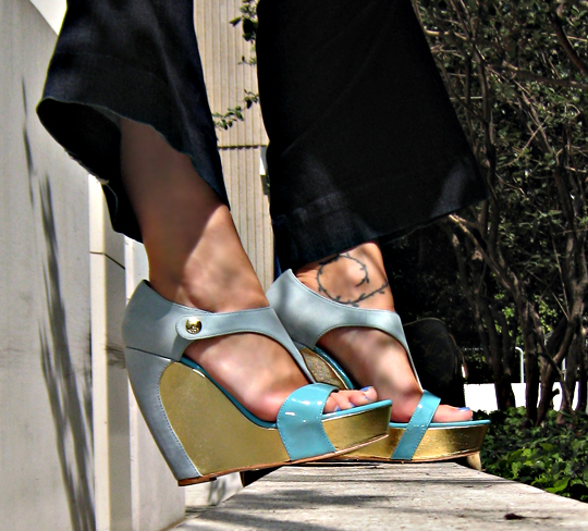 velvet angels shoes+mint and gold wedges