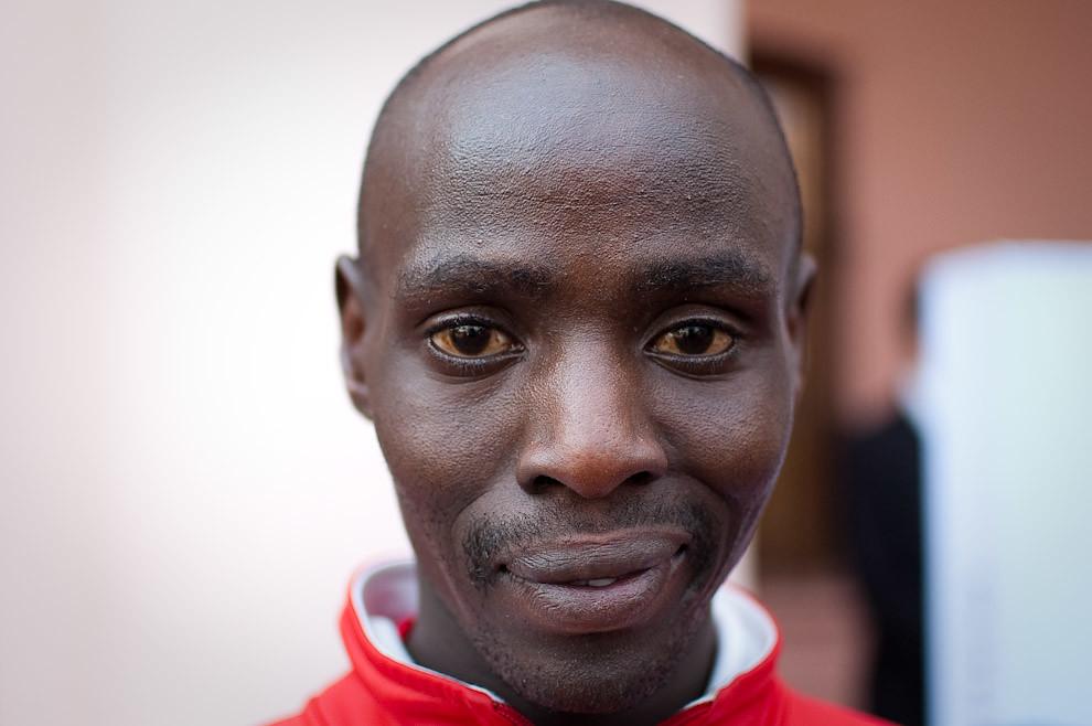 El Nigeriano Titus Kipkosgei Kibii, ganador del segundo puesto en la categoria 21k masculino a tan solo minuto y medio del primer lugar. Terminó en 01:06:31 en su categoría. (Elton Núñez - Asunción, Paraguay)