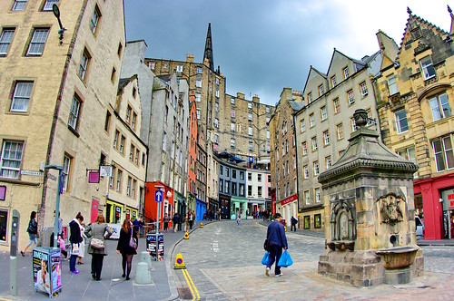 Scotland, Edinburgh, Edimbourg, Grassmarket below the castle 8