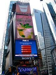 NEW YORK - Le mille luci di Time Square (foto_quindi_sono) Tags: usa newyork skyline america square time bigapple statiuniti grattacieli skycreeper