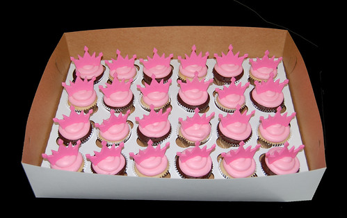 pink princess tiara cupcakes for cheetah print tiara cupcake tower