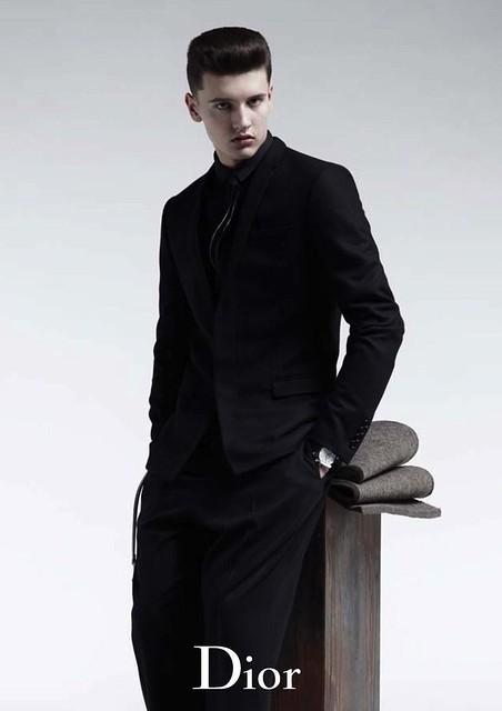 Oleg Antosik0002_Dior Homme FW10(MODELScom)