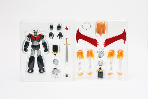 Super Robot Chogokin Mazinger Z and Weapon Set