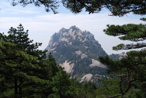l51 - Lotus Peak from Tianhai Trail