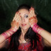 Bollywood dance performer Silvia Veleda with henna by holikarang