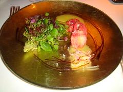 Ensalada de bogavante con salsa de mostaza