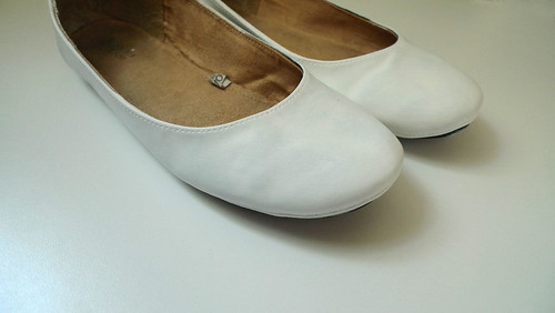 shoes with gesso