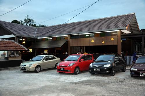 Warung Sate dan Cafe Mak Long 1