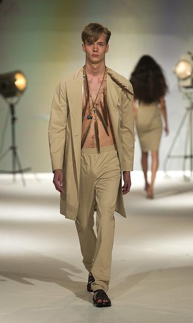 SS11_Stockholm_Carin Wester018_Linus Gustin(Mercedes-Benz Fashion Week)