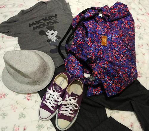 Camiseta e alfaiataria