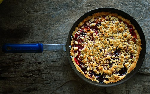 Black Raspberry and Peach Pie