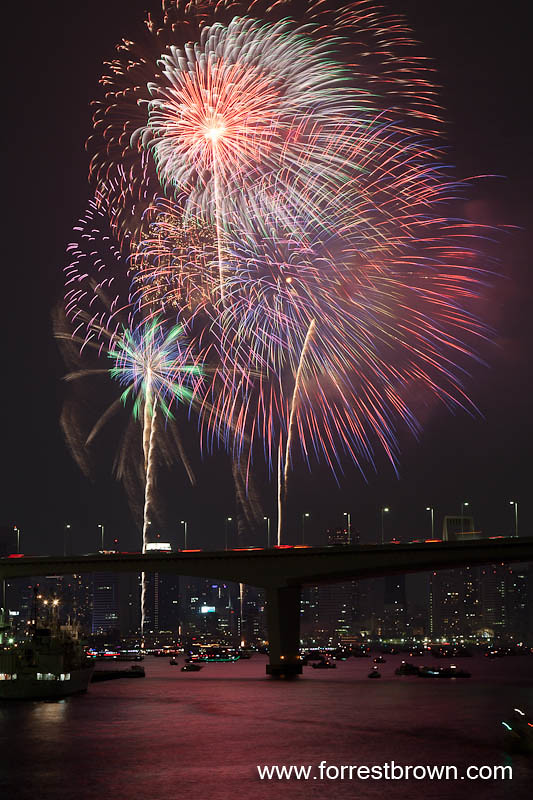 Tokyo Bay Fireworks Festival seen from Odaiba