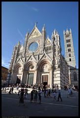 Duomo di Siena (Antonio Siringo) Tags: italy nikon tuscany siena duomo nikkor toscana piazzadelduomo duomodisiena nikond90 nikkor1685
