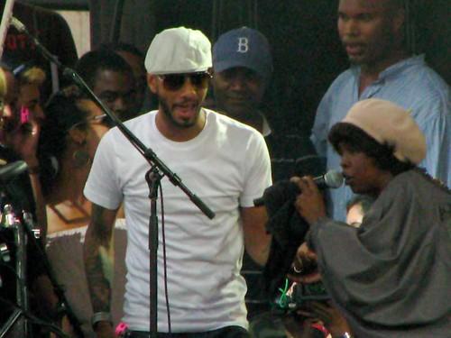 Lauryn Hill introducing Swizz Beatz