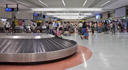 Picking up luggage at TPE (Terminal 1)