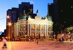 Teatro Municipal - restaurado e iluminado - Rio de Janeiro (  Claudio Lara ) Tags: street city light sunset cidade brazil sky people urban music streets green