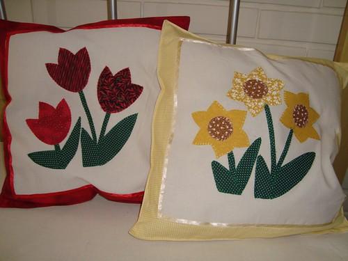 Almofada tulipa e girassol
