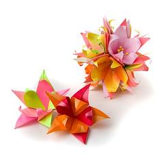 Fleur de Lis (_Ekaterina) Tags: red origami modular paperfolding unit modularorigami kusudama unitorigami lukasheva ekaterinalukasheva