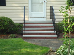 5 Riser with brick and rails