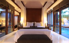 (A Sutanto) Tags: bali indonesia hotel bed bedroom room villa seminyak kayana