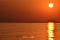 BUONE VACANZE. (Salvatore Lo Faro) Tags: rodi puglia italia italy vacanze mare sole alba salvatore lofaro nikon 7200