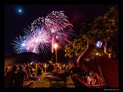 Ala Moana 4th of July 2017 (madmarv00) Tags: 4thofjuly alamoanabeachpark d800 fireworks nikon hawaii honolulu kylenishiokacom night oahu