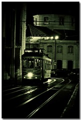 Tram n 28 - Lisbon by night - Portugal (sergio.pereira.gonzalez) Tags: city cidade blancoynegro portugal monument sergio photoshop blackwhite noiretblanc monumento lisboa lisbon ciudad gonzalez tramway barrio hdr ville bairro citta lisbonne quartier tramvia photomatix canon400d tonnemapping sergiopereiragonzalez