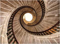1411-Escaleira tripla de caracol (Compostela)