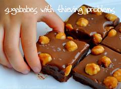 DSC_6306B (wanz-x) Tags: dark milk chocolate caramel valrhona nutella reverse feuilletine hazelnut chocolatebar dominoes dulcedeleche pailette