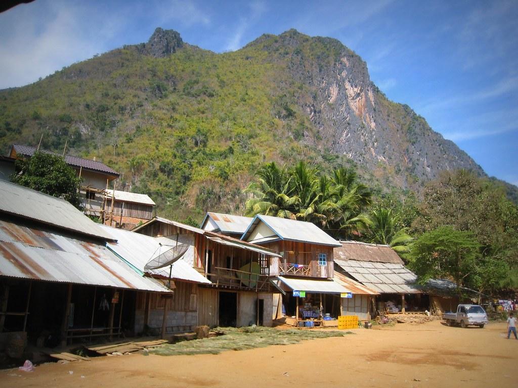Arrivée à Nong Khiaw