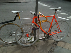 Nice couple! (Ina Kristensen) Tags: couple bikes partners cykler