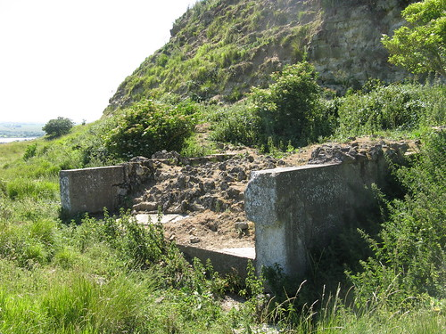 20 ft sound mirror ruins, Hythe