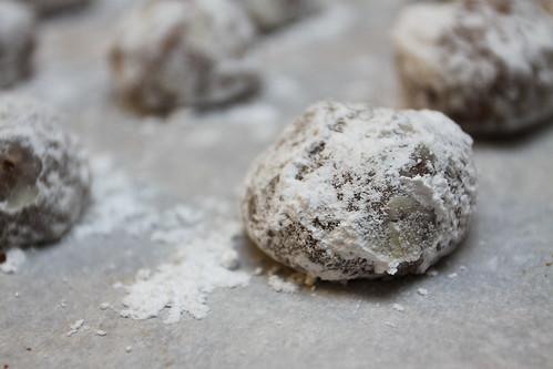 Mocha Nut Balls