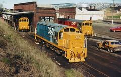 DJ 3349, DG 2347, DG 2060 Dunedin 1979 (AA654) Tags: newzealand dj rail railway dunedin dg 2347 3349 nzr recabbed