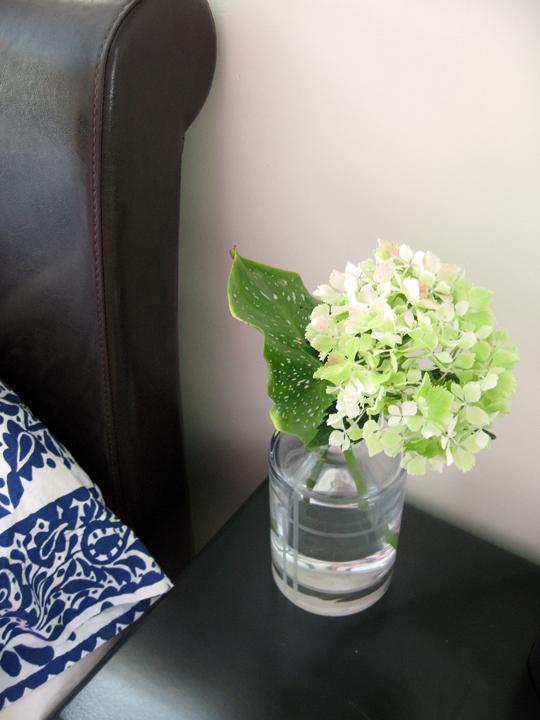 hydrangeas+Kate Spade decanter+bedroom