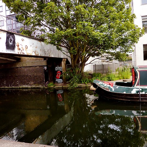 Along Grand Union Canal