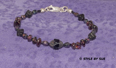 SBR36 GARNET & BLACK (Style By Sue) Tags: original woman black classic beads purple friendship handmade unique oneofakind bracelet stunning handcrafted gem garnet glassbeads beadwork semiprecious gemstone originaldesign czechglass solidsilver 75inch woman'sbracelet
