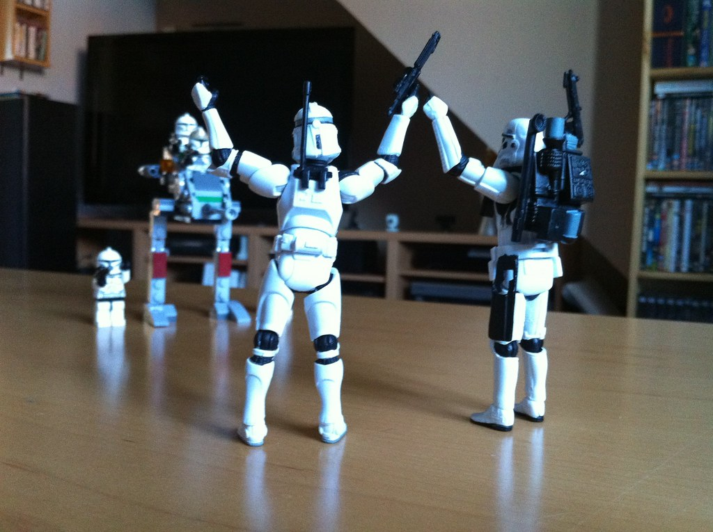 mini_stormtroopers_6