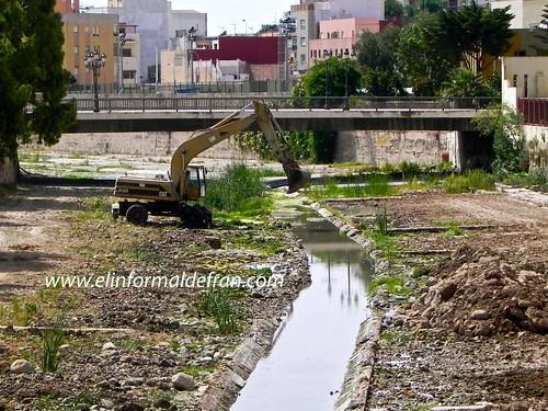 Obras en el Rio de Oro