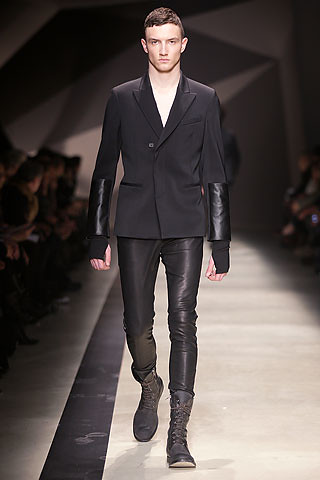 FW10_Milan_Neil Barrett042_Jacob Coupe