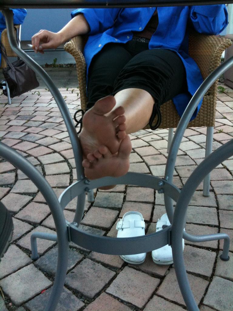 Feet the table
