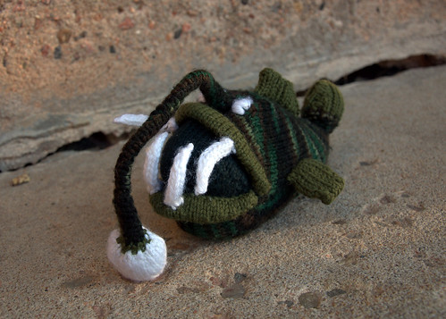 Why yes, I did knit an anglerfish