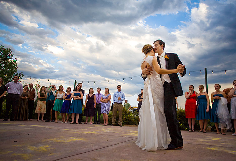 first-dance-clouds-botanic-chatifeld