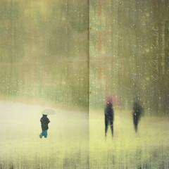 lost child (Ąиđч) Tags: shadow snow storm motion blur cold texture andy photoshop landscape lost child andrea ombra andrew neve perso blizzard freddo paesaggio tempesta bambino benedetti perduto ąиđч