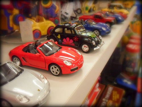 2of8 toy store