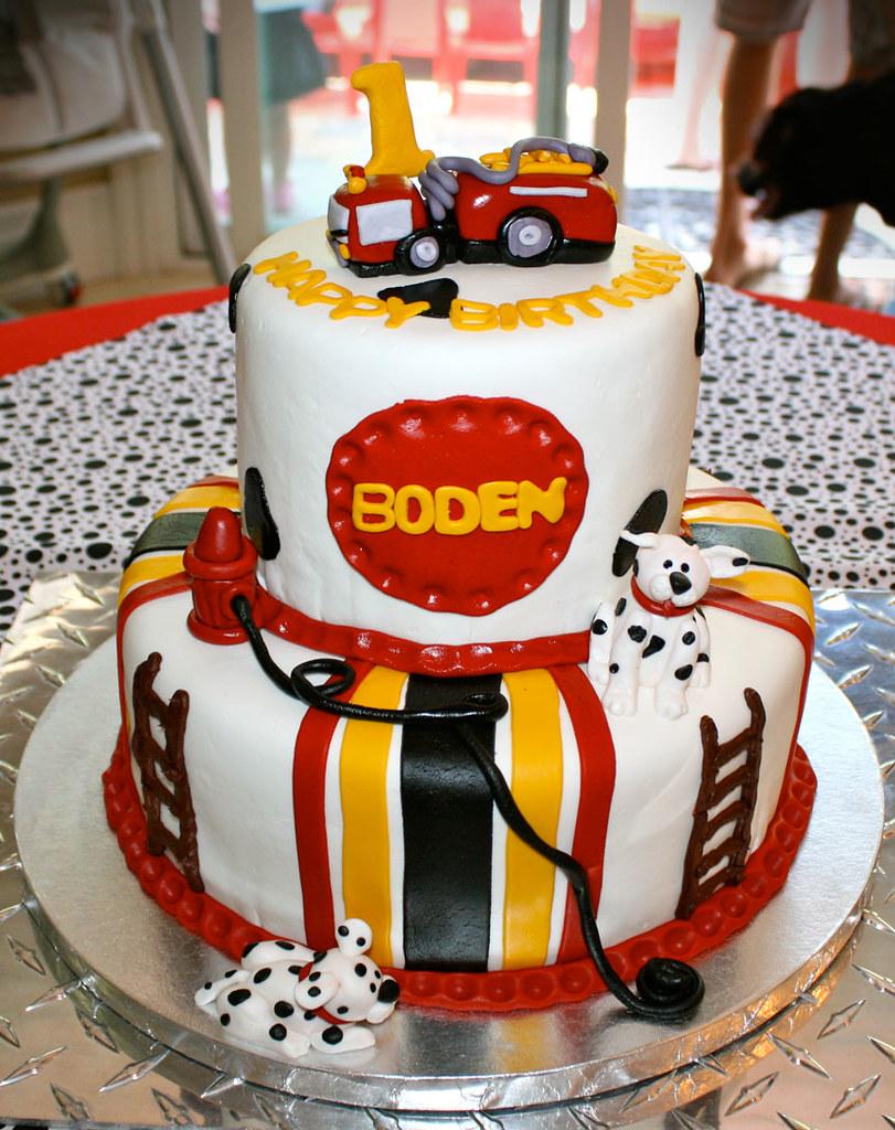 fire_truck_cake