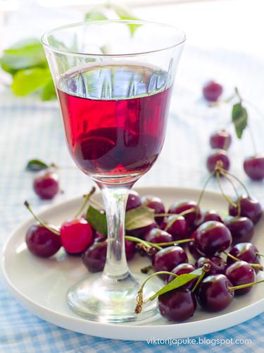 Cherry wine