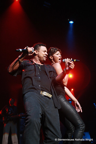 Shaggy and Natalie Imani sing For Yur Eyez Only live at Casino Kursaal in Oostende Belgie Belgique Europe