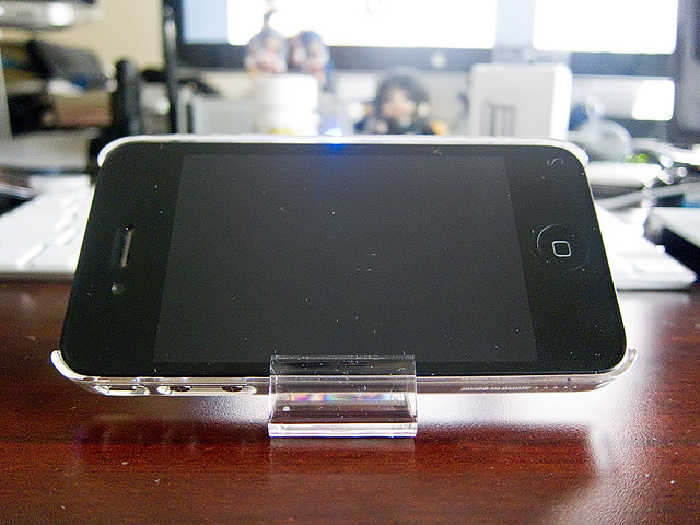 Incase Snap Case + Stand