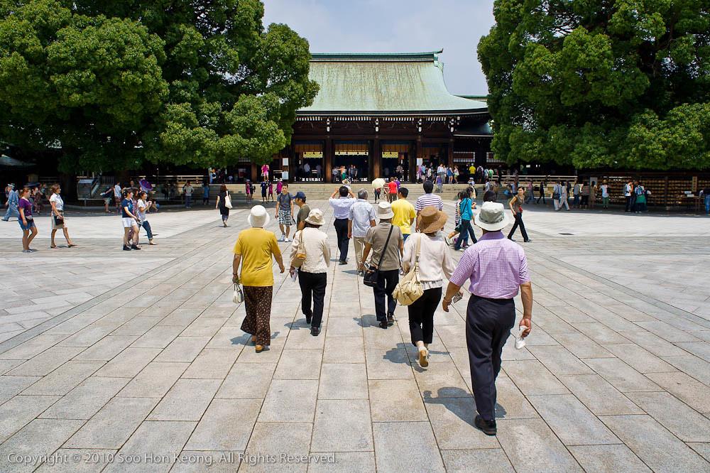 Visit to Meiji Jingu Shrine @ Tokyo, Japan
